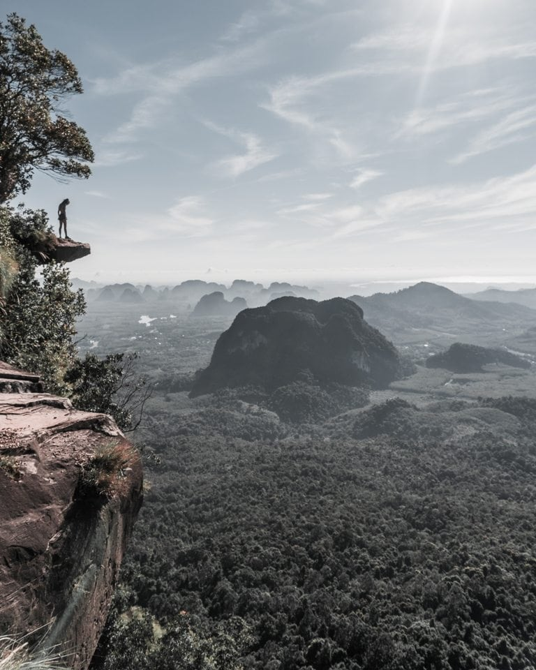 The viewpoint at the summit of teh Tak Kak Trail, also known as Dragon Crest Mountain.
