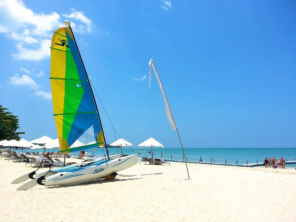 Khao Lak has some of the best white sand in all of Thailand, don't miss out on this day trip from Phuket!