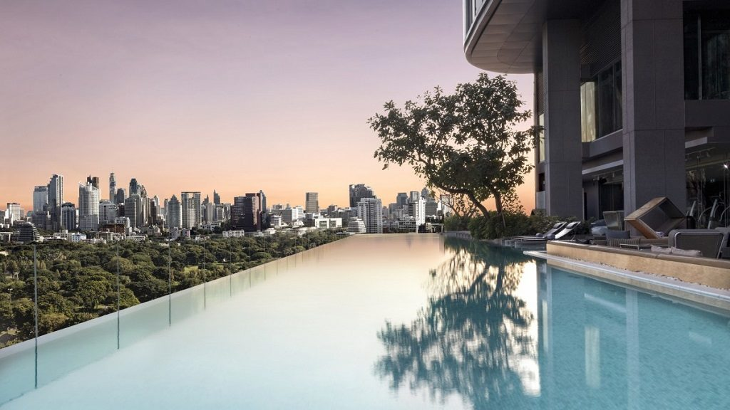 Sofitel hosts famous pool parties, where people drunkenly go swimming in Bangkok while enjoying the view.