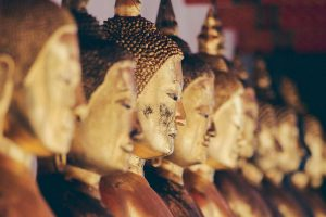 buddhism in thailand temple statue