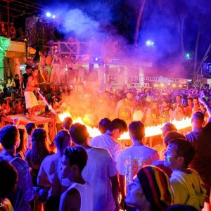 A BEGINNER'S GUIDE TO KOH PHANGAN'S WILDEST PARTIES